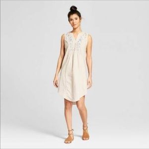 Knox rose linen embroidered dress EUC
